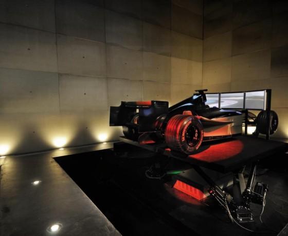 Symulatory Formuły 1 i samolotu Airbus