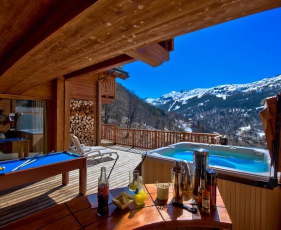 Luksusowe alpejskie domy i apartamenty w Meribel i Courchevel